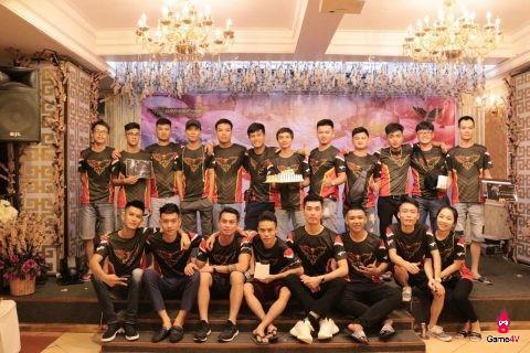 CFL: Clan Làng Vũ Đại tổ chức sinh nhật 1 tuổi hoành tráng tại Hạ Long