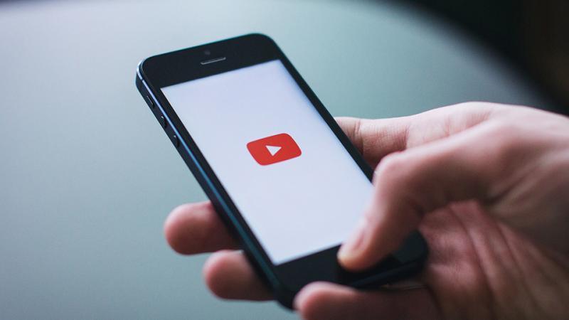 Download video chất lượng cao trên YouTube về iPhone với Siri Shortcuts