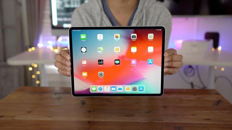 Không có nút Home, làm thế nào để bỏ nguồn iPad Pro 2018?