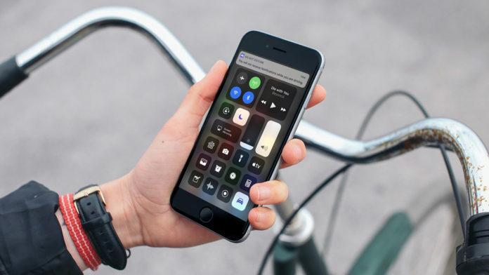 Hướng Dẫn quay màn hình iPhone và iPad đơn giản, nhanh chóng